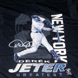 """Derek Jeter Greatest"""" Short Sleeve T-shirt"""
